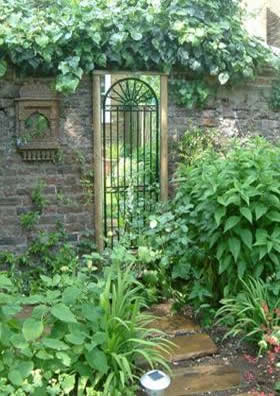 Looking Glass Gates